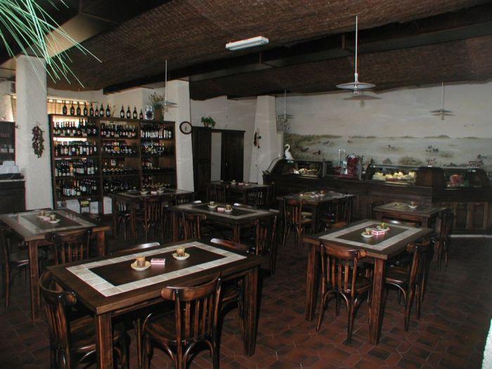 Arredamento per ristoranti a brescia questione di stile for Arredamento etnico brescia