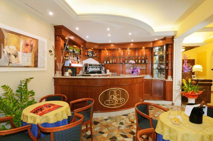 Arredamento per alberghi a Brescia: non solo camere...