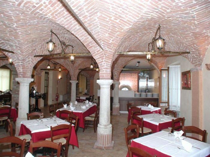 Diversi aspetti dell 39 arredo per ristoranti a brescia for Arredamenti ristoranti moderni