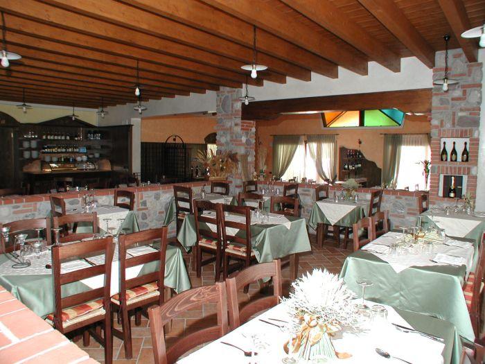 Souvent Un nuovo stile di arredamento per ristoranti a Brescia UC18